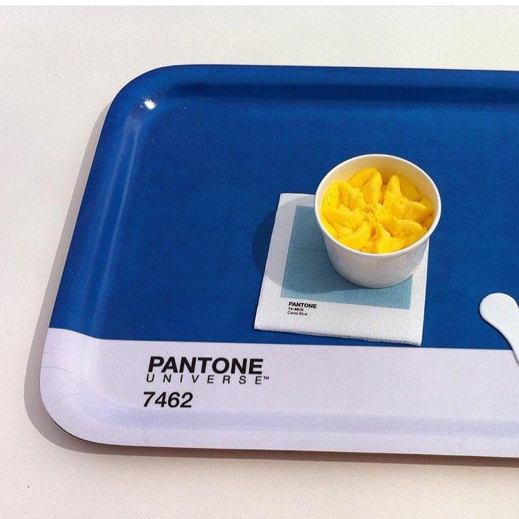 pantone_cafe_plateau