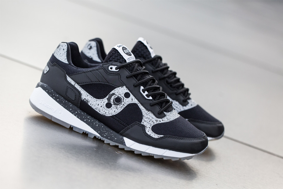 "BAIT X SAUCONY SHADOW 5500 CRUELWORLD 6 ""GIANT LEAPS"""